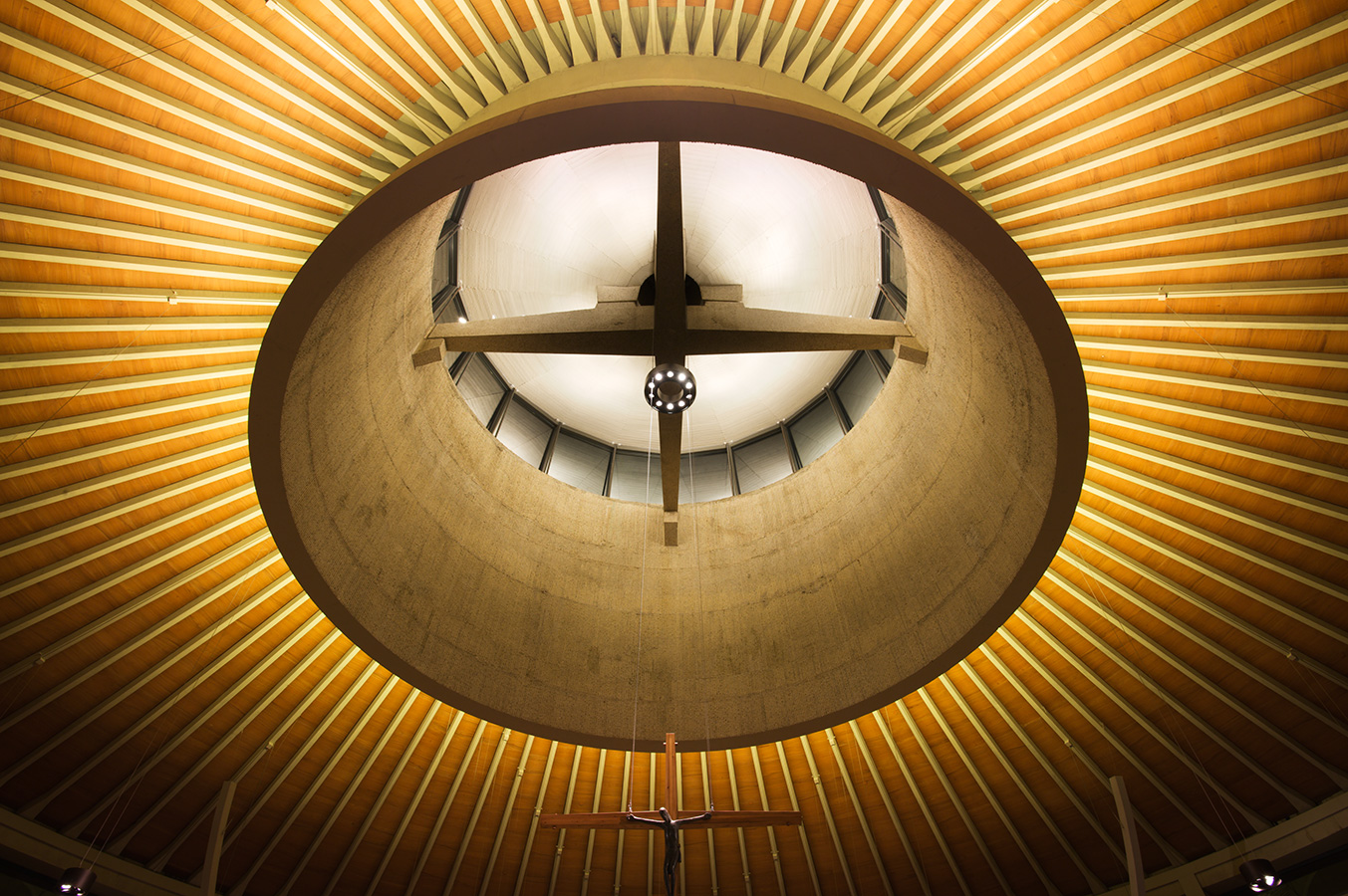 Worth Abbey - DPA Lighting/Heatherwick Studio